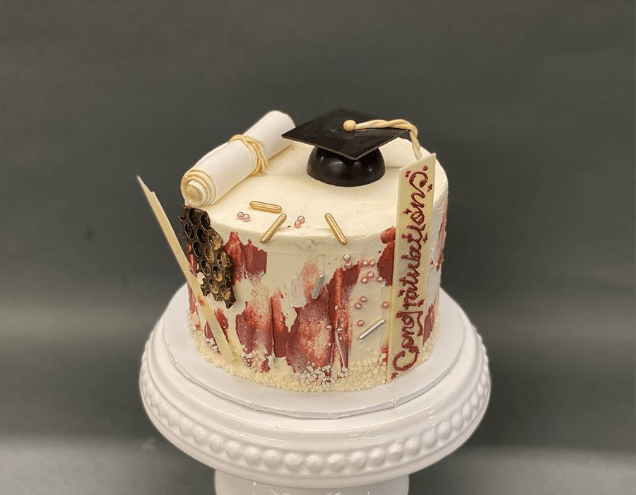 Custom Cake Design 12.jpg