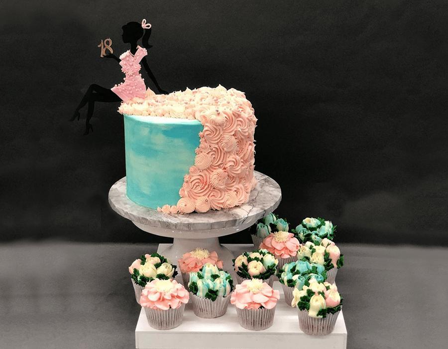 Custom Cake Design 13.jpg