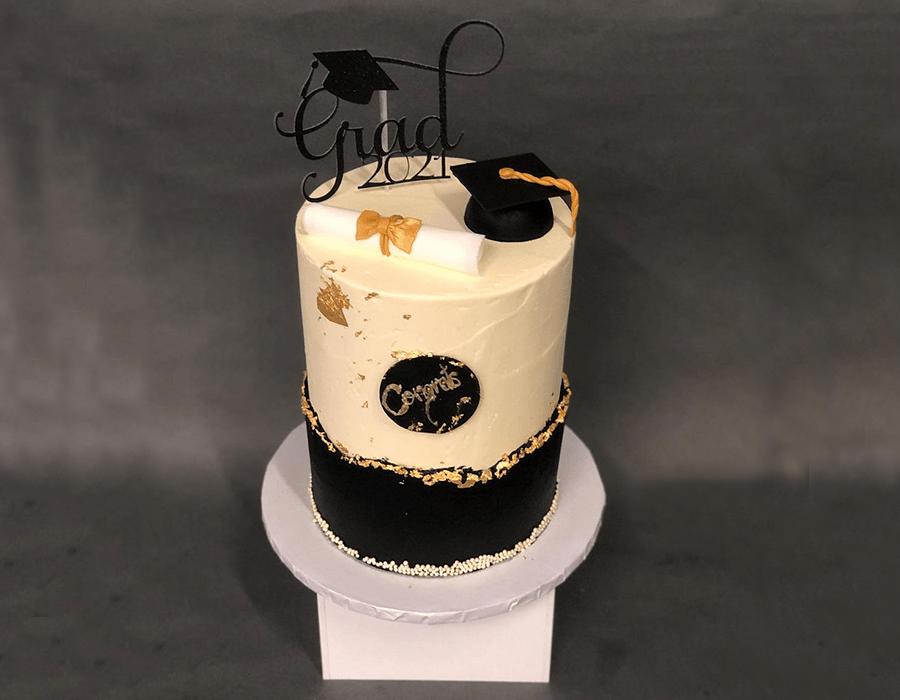 Custom Cake Design 17.jpg