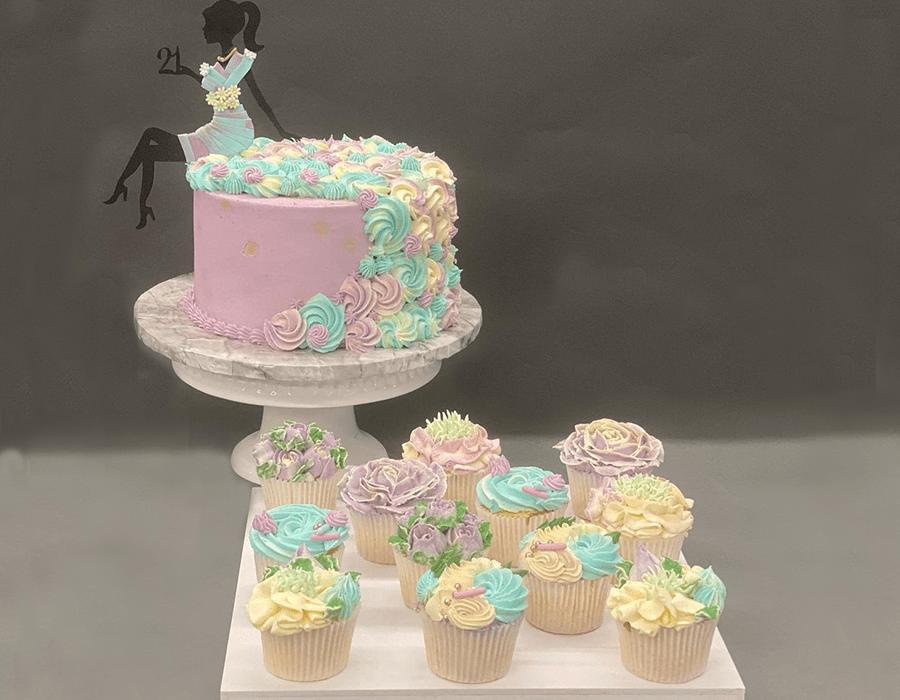 Custom Cake Design 9.jpg