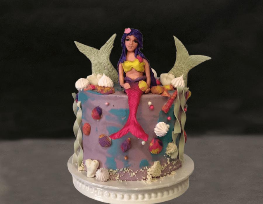 Custom Cake Design 36
